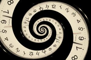 sprialing-clock