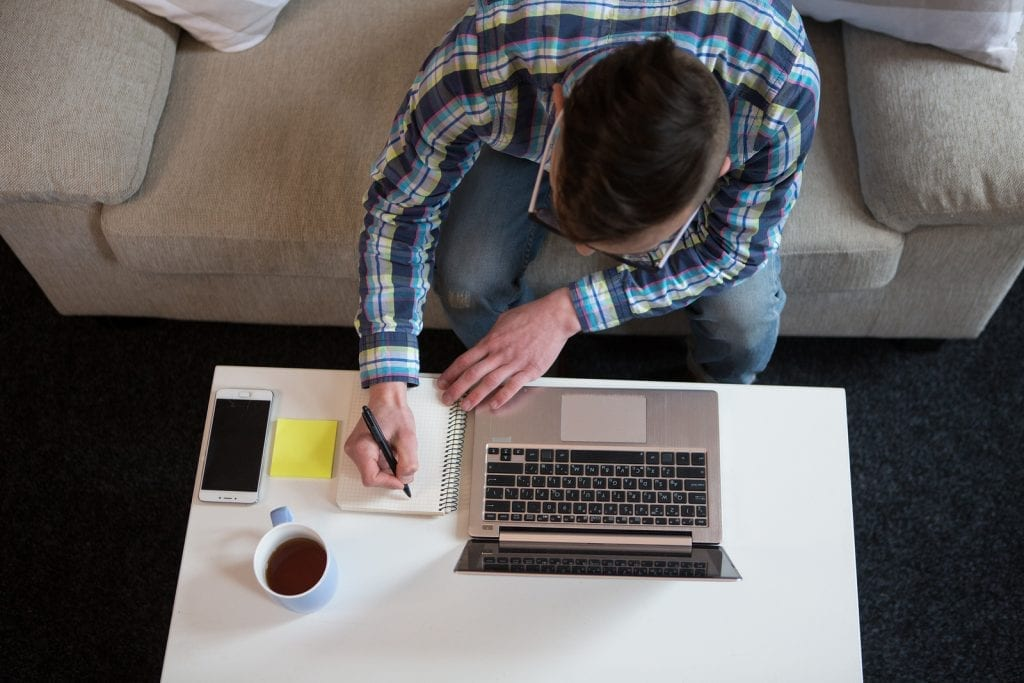 Pros and cons to working from home